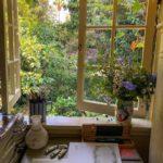 Вікно у липневий сад